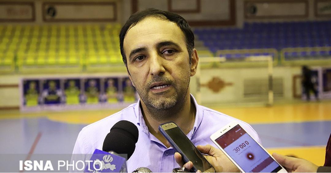 داورزنی:پنجاه درصد اول را در هفته ی قبل باخته بودیم / تیم کرمانشاه بازی را بسته بود