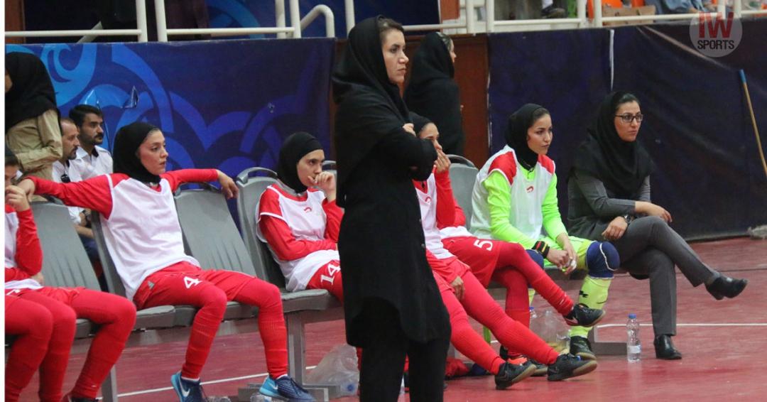 ایرانمنش :باشگاه حمایت کاملی از تیم دارد و از هیچ کمکی دریغ نکرده است/اشتباهات فردی و بی تجربگی عامل باخت ما بود